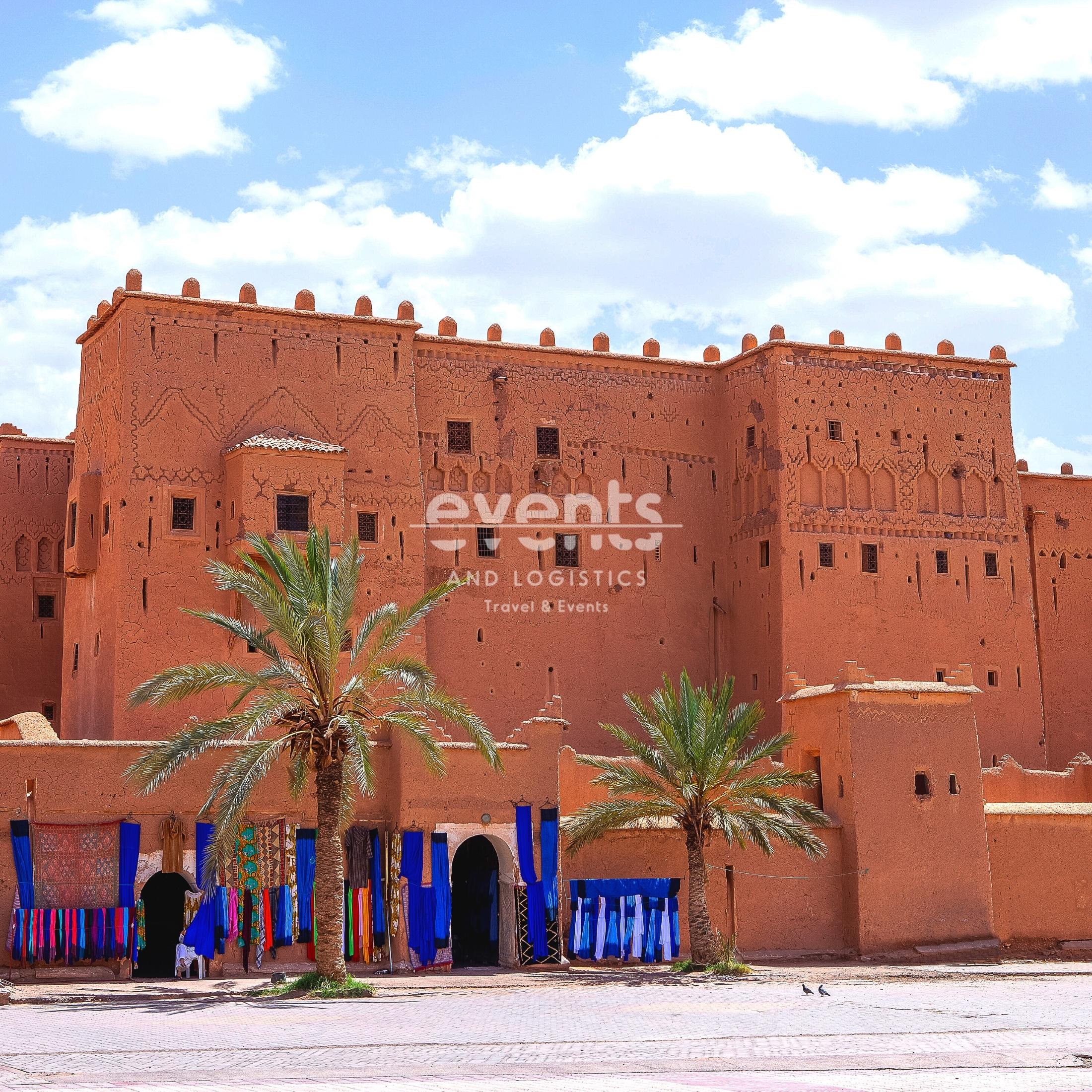 Circuits-au-Maroc-Kasbah-Oasis-Pameraie-Dunes-et-desert-en-4x4